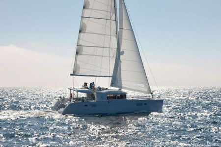 catamaran-lagoon-450-fly-1