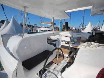 catamaran-lagoon-450-sport-top-4
