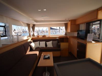 catamaran-lagoon-450-sport-top-8