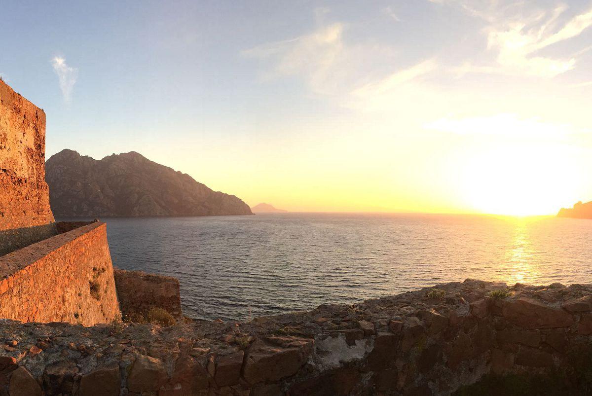 Croisières Corse en catamaran.